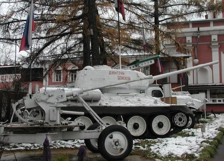 танки дмитрий донской