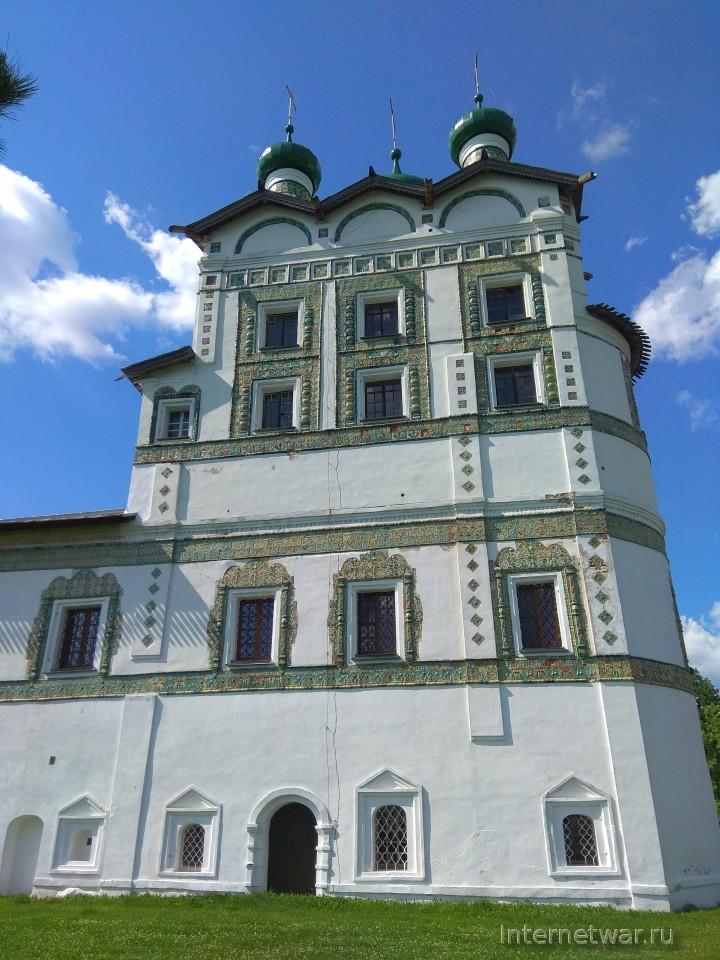Николо-Вяжищский монастырь